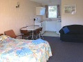 Midway Motel Oamaru 1 bedroom 2 queen beds accommodation